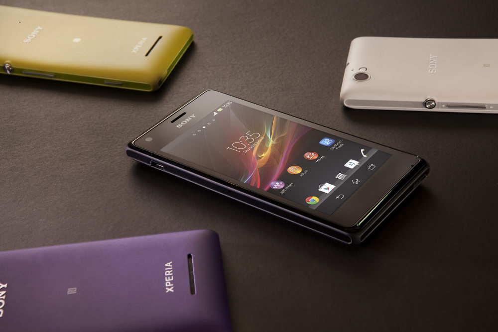 Introducing Xperia™ M for the best of Sony connectivity and design