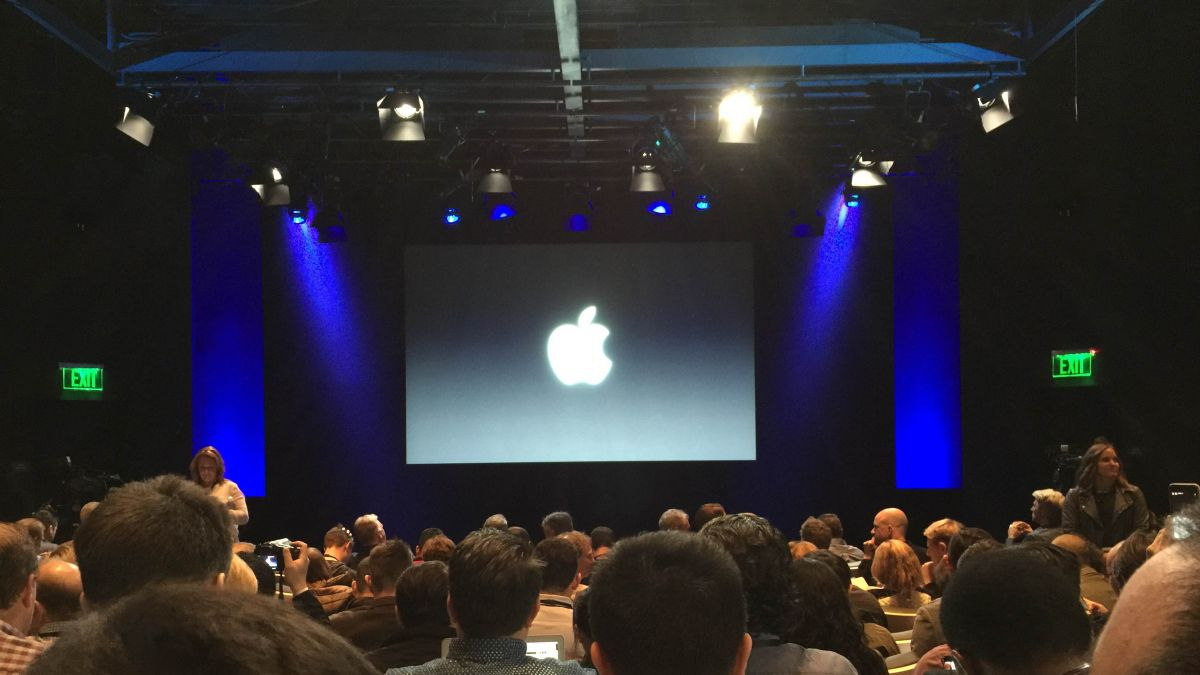 Watch-the-livestream-launch-event-of-Apple-iPhone-7-and-iPhone-7-Plus-smartphone